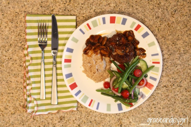 Salisbury Steak & White Beans