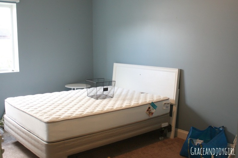 "guest bedroom ""before"""